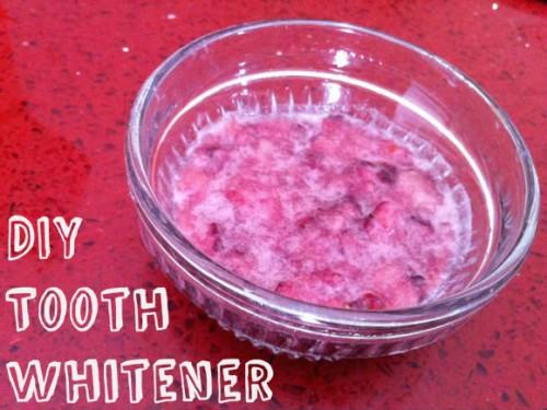 pinterest-diy-tooth-whitener